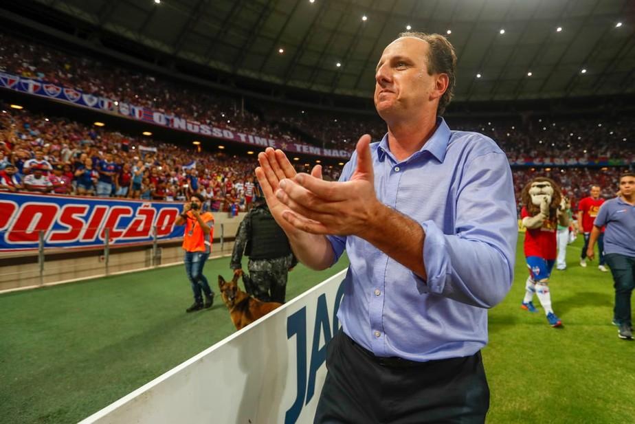 Vinte E Cinco Anos De Clube E Mais De Cem Gols Pela Primeira Vez Rogerio Ceni Sera Adversario Do Sao Paulo No Morumbi Futebol Cearense